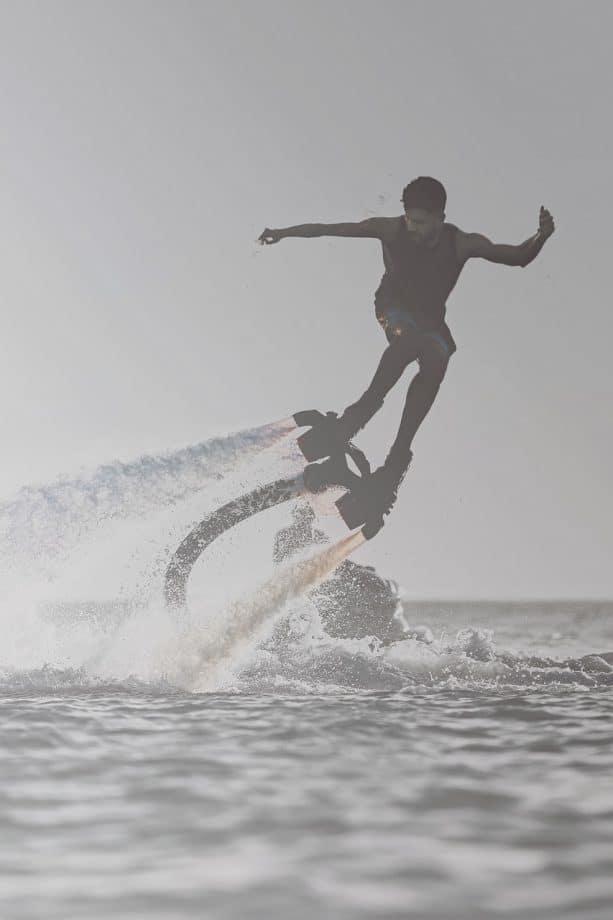 2-Flyboarding-613x920